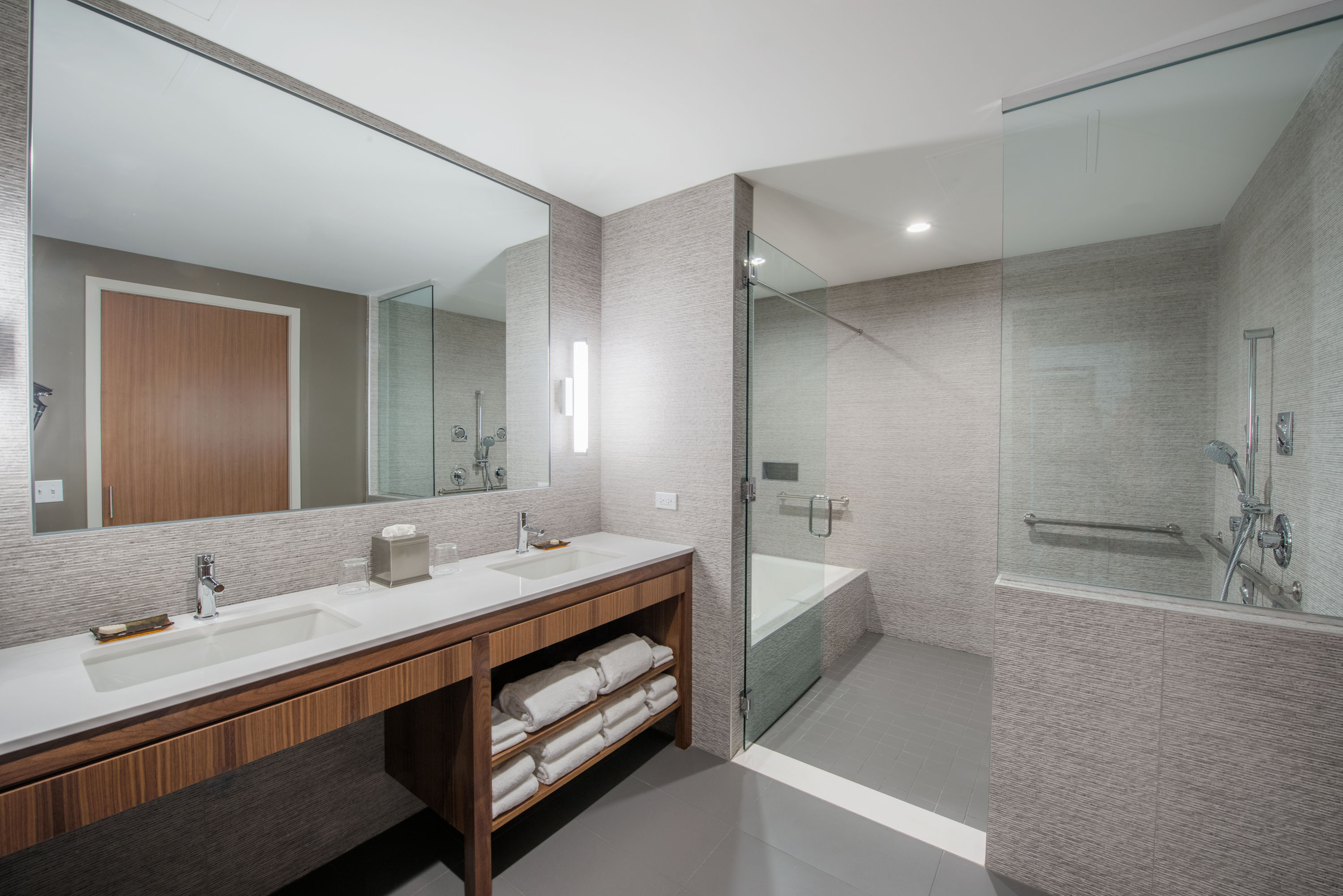 ... A Clean And Modern Hotel Bathroom In Oberlin OH ...